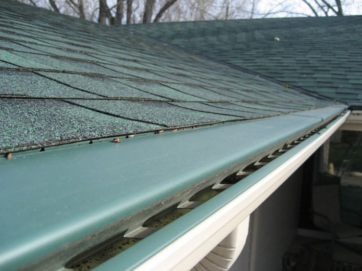 Houston Gutter Cleaning 832 930 4710